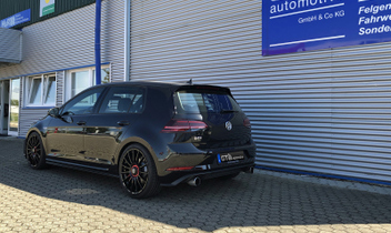 golf-gti-oz-superturismo-evolutione-gloss-black-und-red-lettering © GT-Automotive GmbH & Co. KG