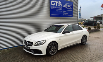 hoehenverstellbares-federsystem-hr-23002-1-mercedes-benz-c-klasse-amg-w205-c63 © GT-Automotive GmbH & Co. KG