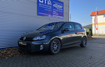 VW Golf 6 MOTEC Nitro 18