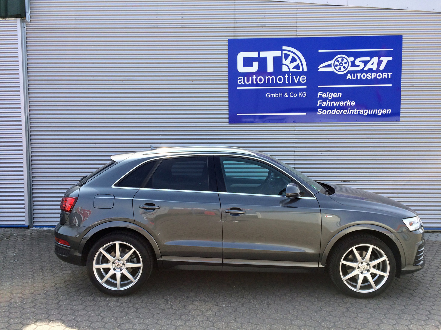 Tuning News Vossen Vfs1 Silver Brushed Audi Q7 Gt